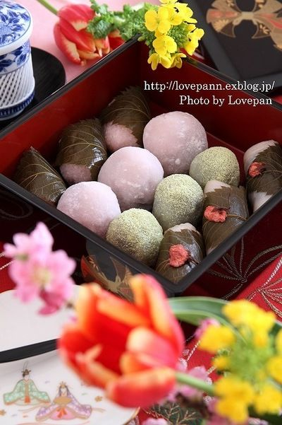 Sakura Mochi, Strawberry Daifuku, Uguisumochi / 桜餅、いちご大福、うぐいすもち