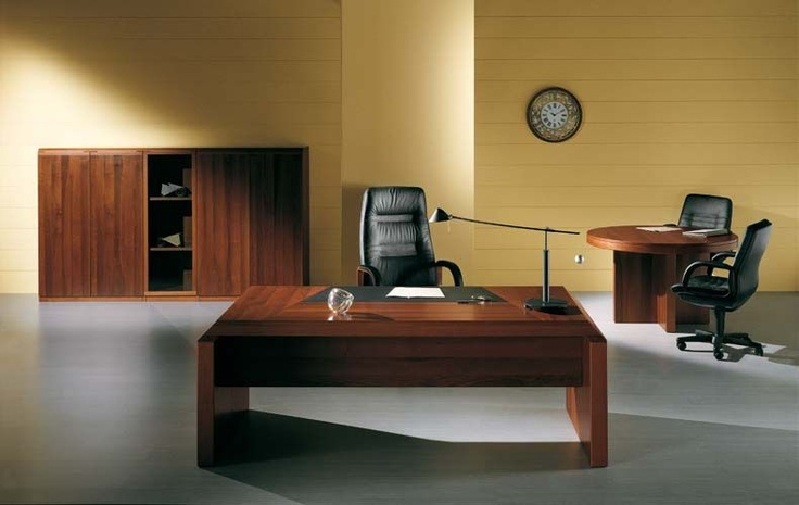 """""""MANAGER"""": La Linea Manager presenta linee pulite, materiali accuratamente selezionati e design personale che rendono l'ufficio un ambiente elegante e prestigioso."""