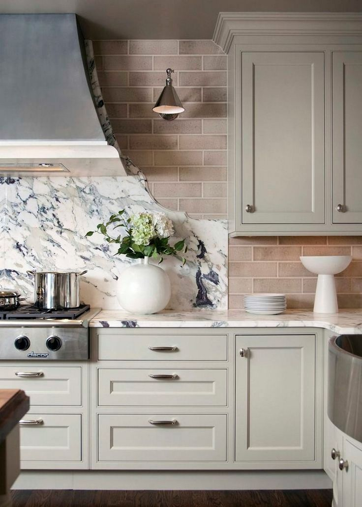 White Marble Well-designed Kitchen | The Best Wood Furniture