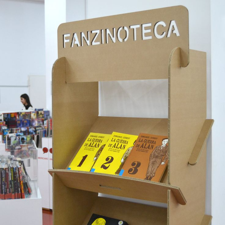 revistero estanteria expositor portafolletos carton biblioteca exposiciones eventos diseñado por Cartonlab, cardboard display shelf magazine rack brochure holders library exhibition events by Cartonlab.