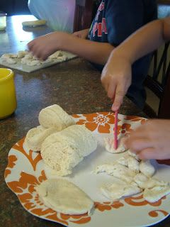Fun ideas activities to go along with the Jesus Storybook Bible.