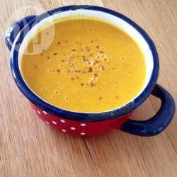 Zupa z pieczonej dyni z mleczkiem kokosowym - http://allrecipes.pl/przepis/10352/zupa-z-pieczonej-dyni-z-mleczkiem-kokosowym.aspx
