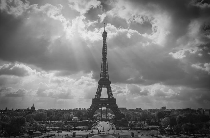 Photo Eiffel Tower by Amir Peeri on 500px