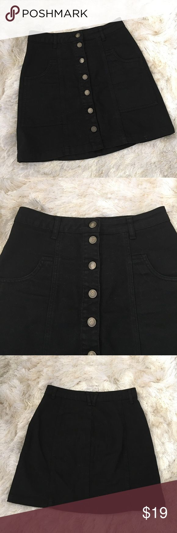 "Black denim button front mini skirt 2 Stradivarius black denim button front skirt. Size 2. Worn once, great condition. Two front pork chop pockets. Belt loops. Measurements when flat: waist 26"", hips 33"", length 16"". Made of 100% cotton. ❌No trade. ❌ No low offers. ❌ stradivarius Skirts Mini"