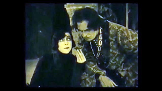 Némafilmek - magyarul: Hamlet (1921)