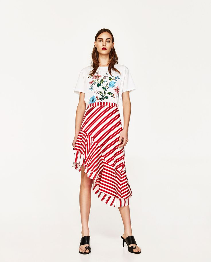 ZARA - WOMAN - FLORAL EMBROIDERY T-SHIRT