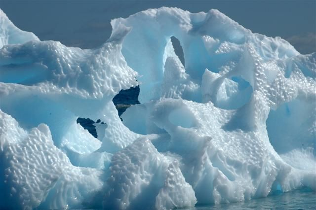 ICEBERG_CLOSE peter rejcek photolibrary usap gov