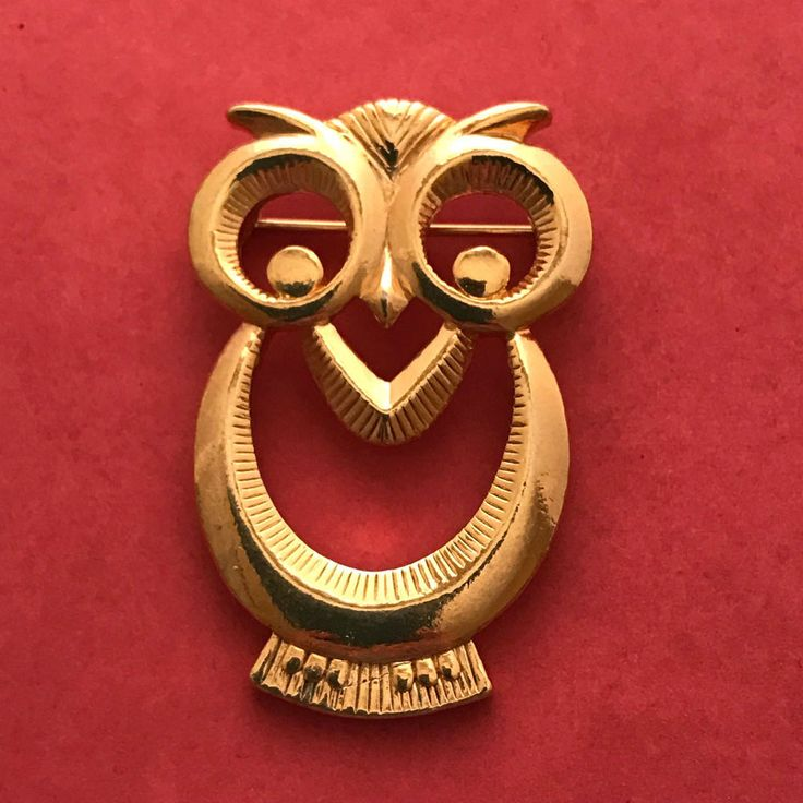Owl Large Eyes Metal Brooch Pin Gold Tone #Unmarked