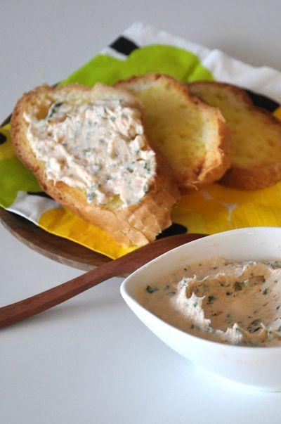 鮭と塩ヨーグルトのリエット