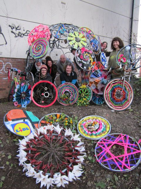 My First Bicycle School of Art: Website full of how to decorate your bike