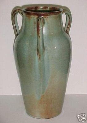 Vintage Signed Studio Art Pottery Vase Linnware (11/27/2006)