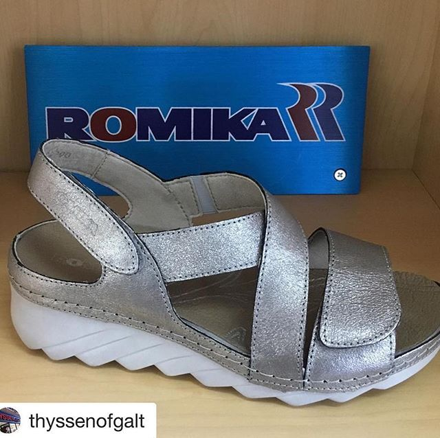 women's sandals with removable insoles for orthotics canada