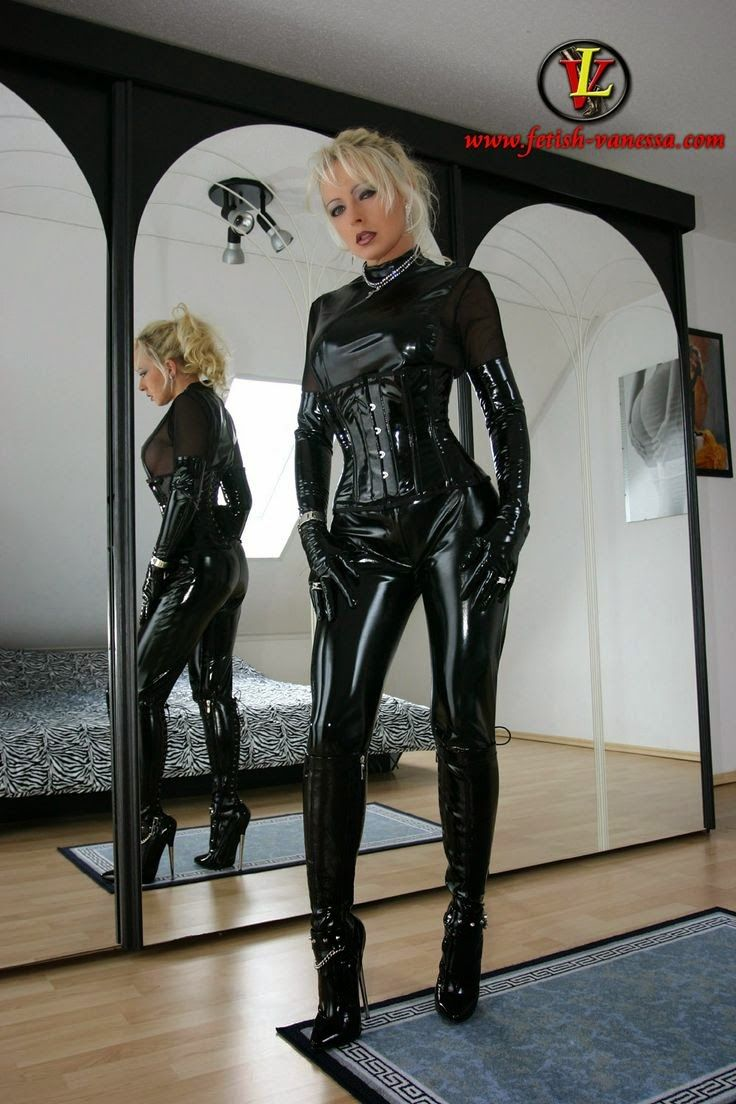 Fetish Latex & Rubber: Lady Vanessa. Part 3 ( 50 photo ...