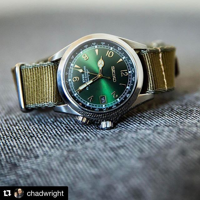 REPOST!!!  An excellent shot of the Seiko Alpinist Automatic on the M1936 strap, reposted from @chadwright  repost | credit: ID @havestonstraps (Instagram)