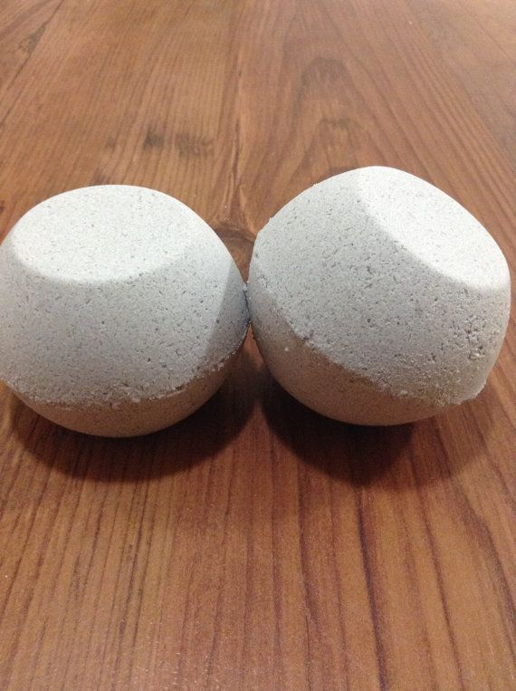 Check out this item in my Etsy shop https://www.etsy.com/ca/listing/464282393/ultimate-detox-bath-bombs