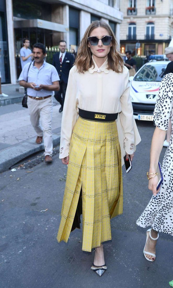 Olivia Palermo at Fendi Fashion Show 2017 in Paris - July 2017