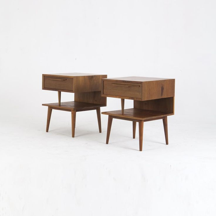 teak wood : bed side table, mid century. #withpatinainterior by Hendra Wijaya, Indonesia.  Click picture for more angles..