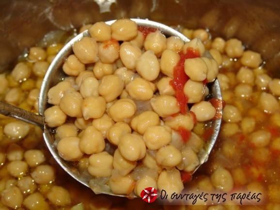Ρεβύθια σούπα με κρόκο Κοζάνης #sintagespareas