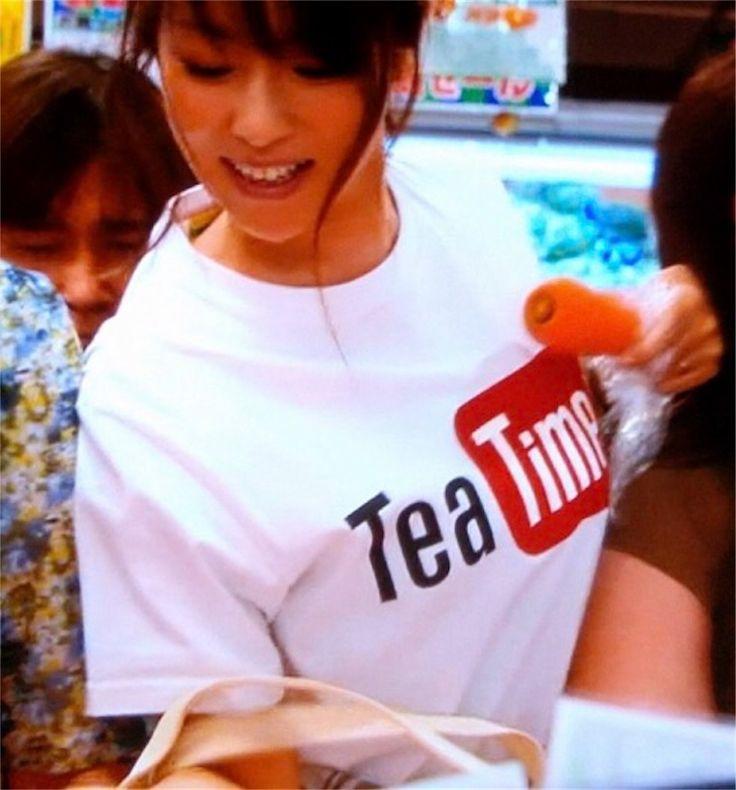 ドラマ『下剋上受験』で阿部サダヲ&深田恭子が着ていたTシャツ「Tea Time」Laundry、マークゴンザレス「エンジェル」通販サイトから購入できます! - ドラマなブログ。