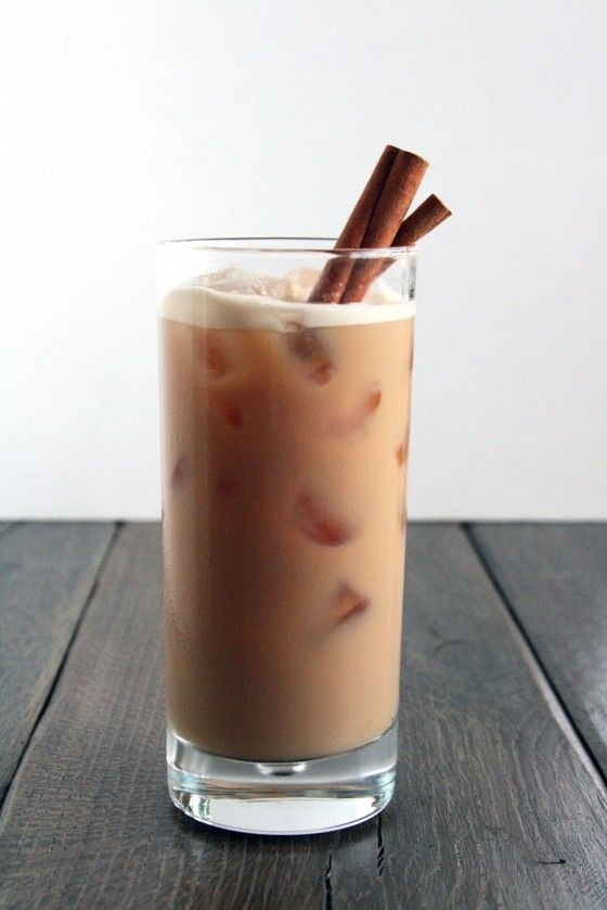 Vanilla Vodka Chai - best girly alcoholic drink ever.