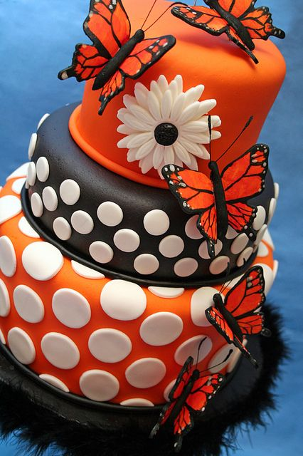 orange butterfly cake- this would be great for our 20 year anniversary - it's got my butterflies, his Harley colors & we both love polka dots!