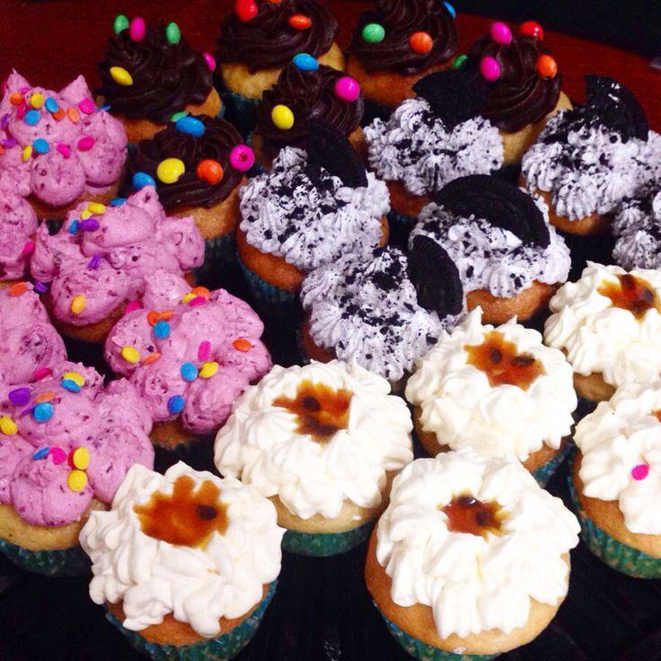 Disfruta de unos deliciosos Cupcakes con nutela, oreo, arequipe o frutos rojos! Pídelos al (1) 625 1684 - #SoSweet #PasteleriaArtesanal #ReposteriaArtesanal #PastryShop #Cupcakes #CupcakeFactory #CupcakesEnBogota #Bogota www.SoSweet.com.co