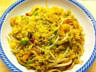 In+Thailand+kun+je+op+iedere+hoek+van+de+straatheerlijke+Pad+Thai+eten.+Nu+ook+thuis!