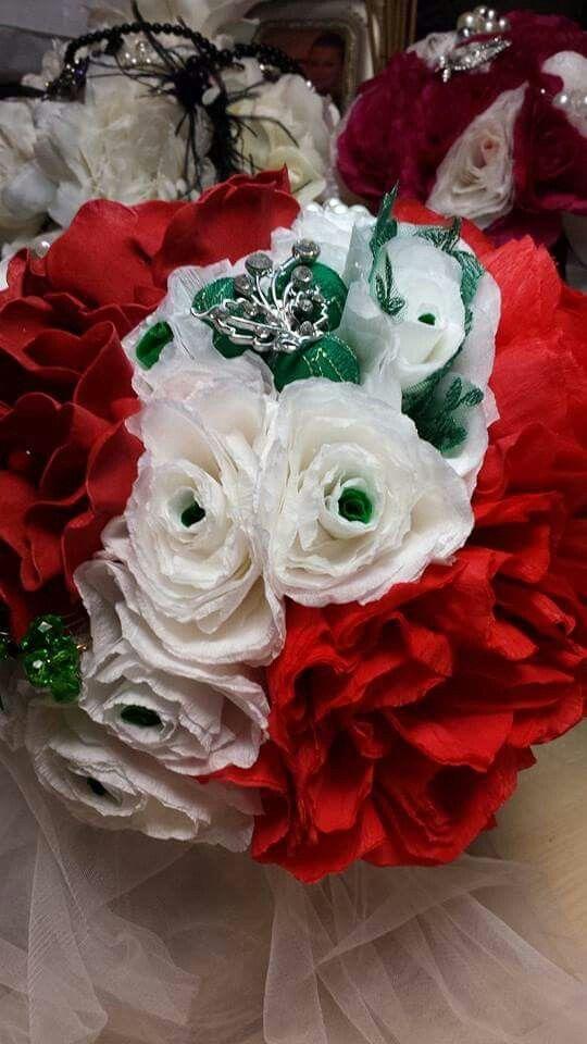 Buchet de mireasa cu flori din hartie