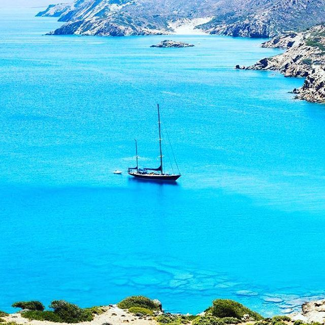 Exploring and discovering...  #villaippocampi #ippocampi #hotel #hotels #boutiquehotel #smallhotel #greekhotel #exclusivehotel #greece #crete #summer #travel #traveling #boat #sailboat #view #blue #sea #mediterranean