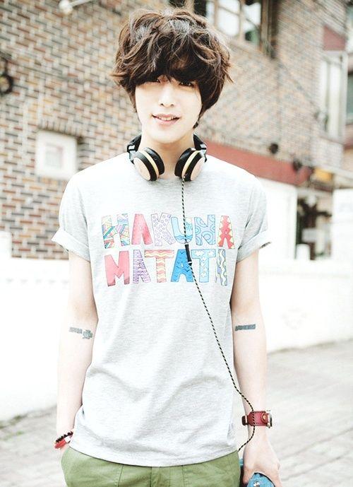 20 best Emo  Boys  images on Pinterest Guy fashion Asian