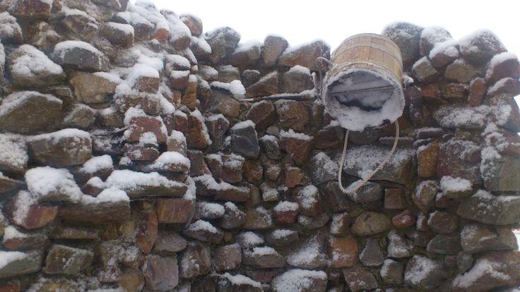 Tijdens de winter zoek je na een warme sauna verkoeling in de sneeuw... bij de Veluwse Bron!