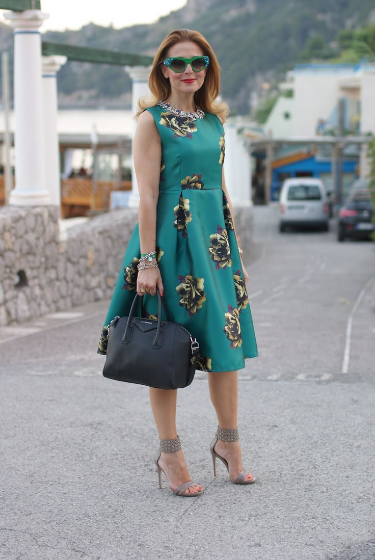 Choies green dress and Le Silla heels