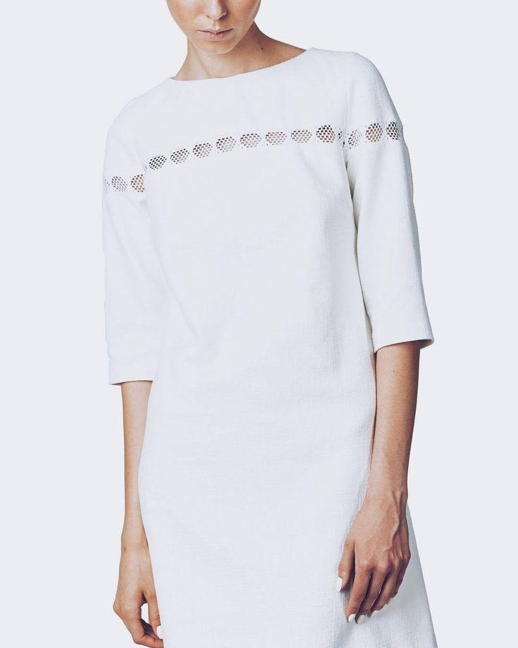 LILY dress 🌿 ▶ #maisonraquette #whitedress #allwhite #ootd #maisonraquette #moleculef
