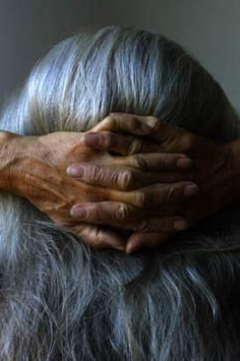 aging gracefullyGrey Hair, Chester Higgins, Ageless Beautiful, Age Beautiful, Aging Gracefully, Art Photography, Silver Hair, Healing Hands, Age Grace