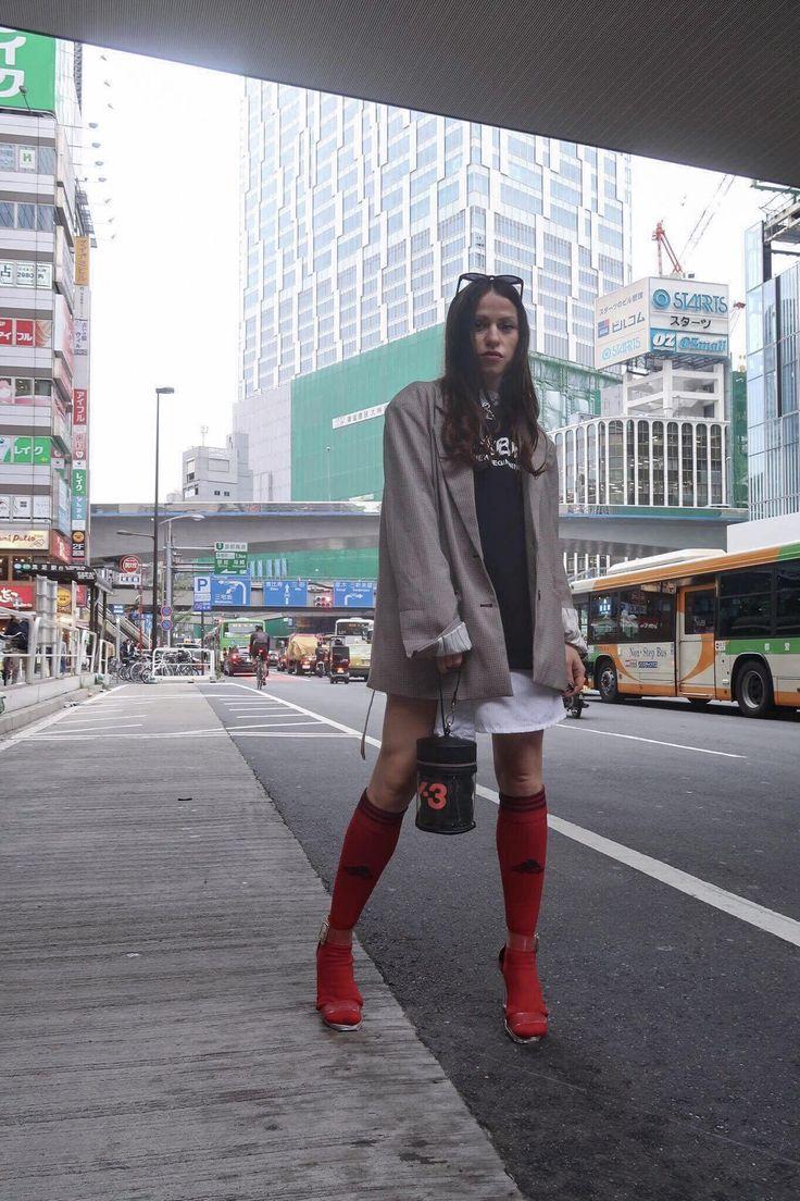 My styling during #tokyofashionweek #fashionweek#fashionweek2017 #ss17 #ootd #style #blazer #fashionblogger #tokyo #japan #y3 #adidasy3