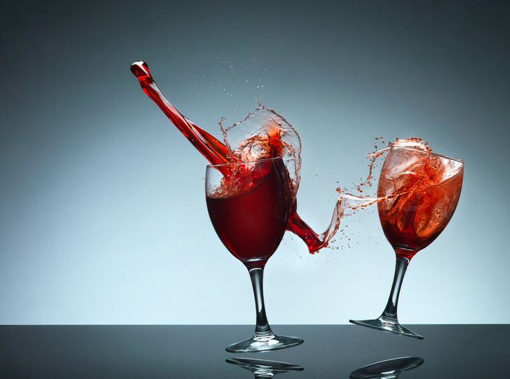 Smashing wine glasses by Karl Taylor on 500px