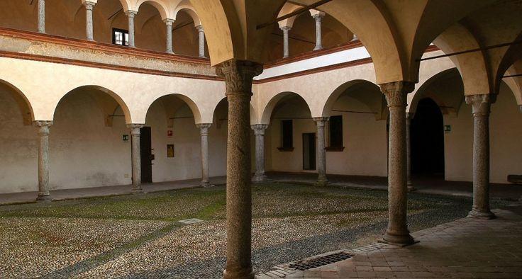 Domenica 27 aprile il Museo Leone di #Vercelli partecipa alle #invasionidigitali e al contest #unselfiealmuseo
