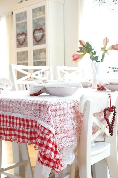 sheer runner/tblclth over regular tablecloth - love this idea!