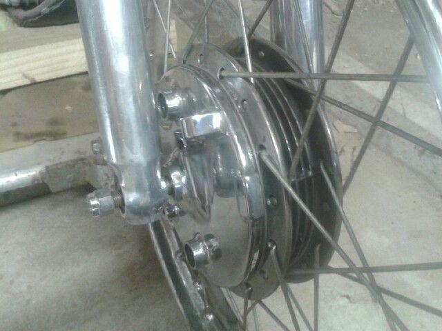 CB200 front brake
