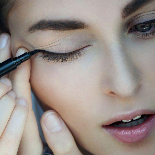 Come mettere l' eyeliner: i segreti per non sbagliare -  #trucco #makeup
