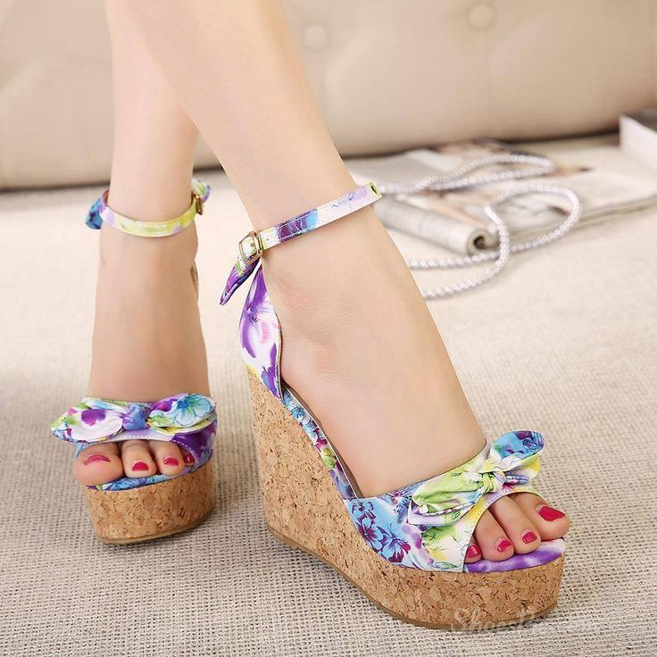 Floral comfy wedge heels