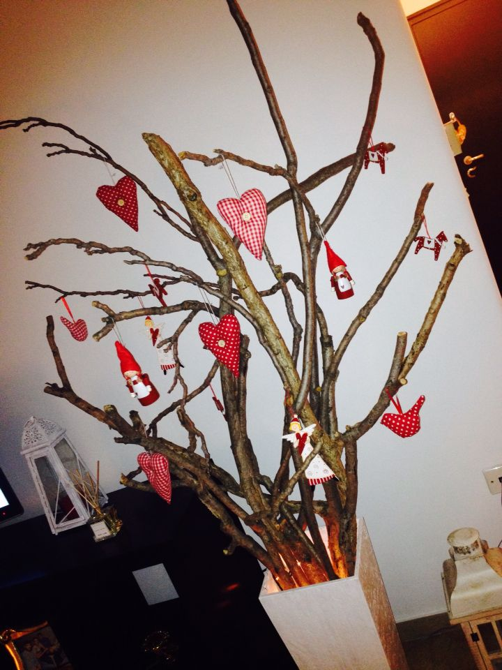 Christmas tree !! Δέντρο με φυσικά κλαδιά !!!!