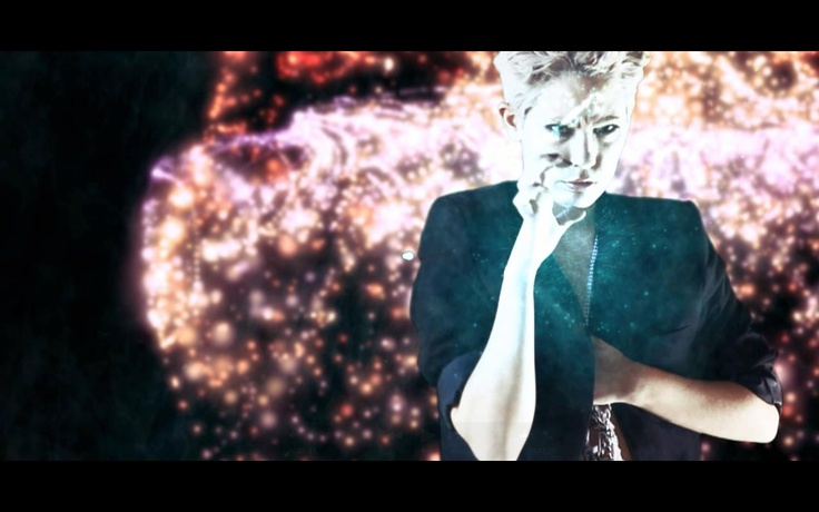 We catch up with Jessica Lupton and Jessica Rayne – the stylist's behind the fashion film The Frown for Rayne // Bride Of Zion.    Check it -  http://www.onesmallseed.com/2012/07/the-frown-for-rayne-bride-of-zion/