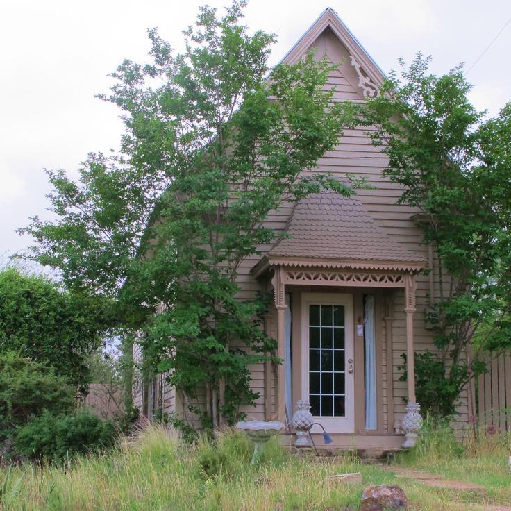 17 best wildrose retreat images on pinterest midland for Texas cottage