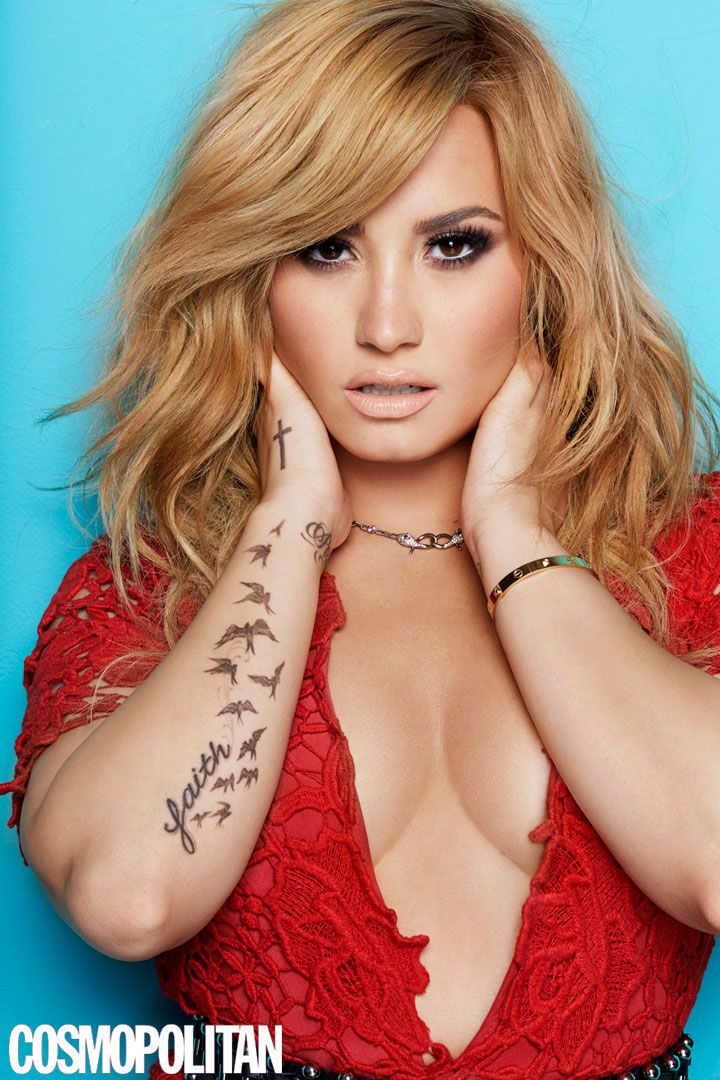 Demi Lovato Is Cosmo's August 2013 Cover Girl! This Pic = GORGE.