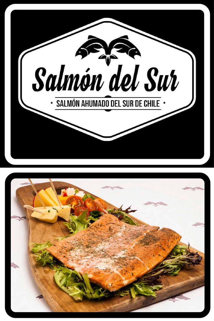 Salmón ahumado en caliente. Filete y medio filete de salmón ahumado con especias. Todo el sabor del sur en tu mesa. salmondelsur.cl #salmonahumado