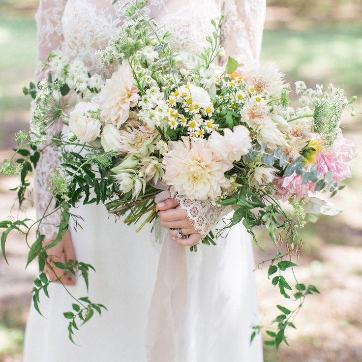 Spring Wedding Flowers Pictures: 1000 Best Images About Wedding Bouquets On Pinterest