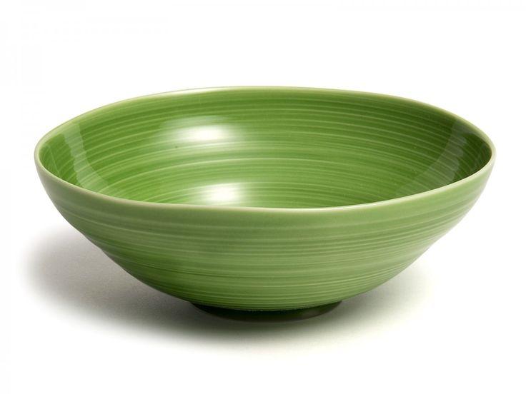 Gozan Bowl, 17cm, Green - David Mellor Design. Kashima Porcelain, Japan. #davidmellor #tableware #ceramics #japan #japanesepottery #japaneseceramics
