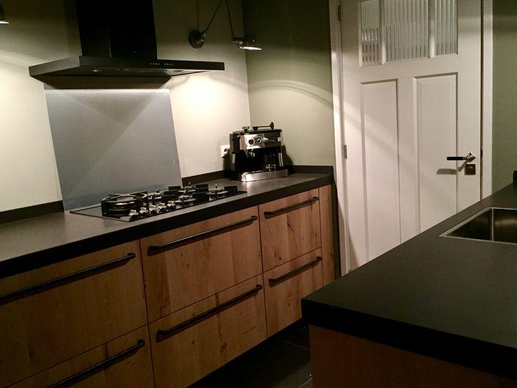 17 beste idee n over keuken handgrepen op pinterest keuken kast handgrepen kast ijzerwaren en - Keuken wit en groen ...