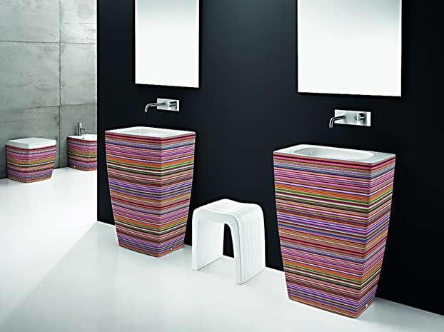 AeT Italia presenta le nuove personalizzazioni colorate per tutti i prodotti delle serie SQUARE, OVAL, TOTEM, TOWER. http://www.leonardo.tv/bagno/bagni-decorati-aet-italia/nuovi-decori-bagno